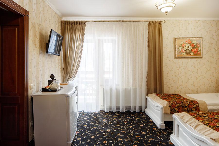 Готель в Карпатах, номер люкс, фото 3