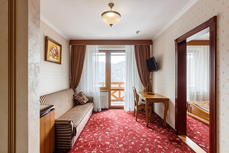 Готель напівлюкс в Карпатах для чудового відпочинку, фото 1